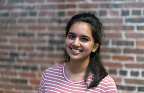 Peer Assistant Leader Shreya Vijay '19, who is studying psychology with a minor in political science