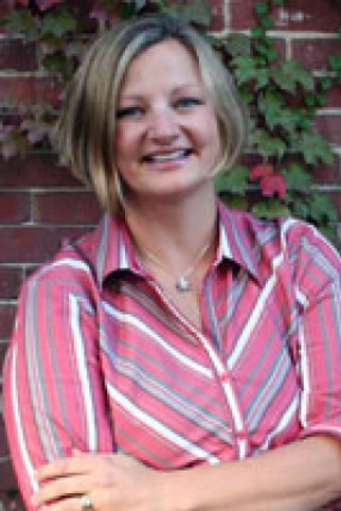 Alison Paglia